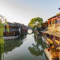 ノスタルジックな町並みや風景が色濃く残る。上海の4大「水郷」の旅ガイド