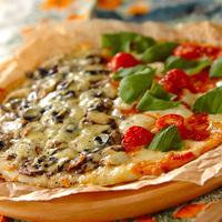 冷凍もできるよ◎簡単手作りピザ生地でオリジナルのピザを作ろう!