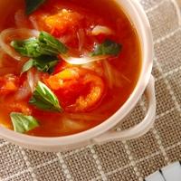 どれがお好き?今日は心も体も満たされる具沢山な食べるスープを♪