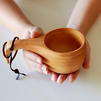 使わない時はオブジェ代わりに。ククサの木製カップを自宅用に。