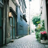 のんびりてくてく歩いてみよう。パリが薫る街、神楽坂お散歩手帖