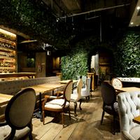 都会の喧騒を忘れて癒しのティータイムを。大阪・梅田周辺の落ち着くカフェレストラン4選