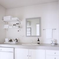 """""""きれい""""をつくる洗面所&バスルーム。シンプル収納のポイントをご紹介"""