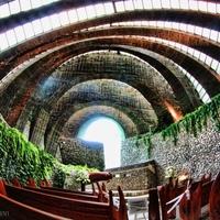 自然との調和が美しい。軽井沢「石の教会」がとっても素敵