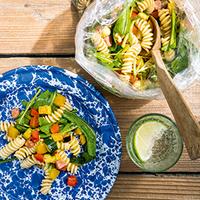 ホームパーティーにもおすすめ♪ちょっと豪華な「デリ風サラダ」レシピ集
