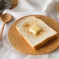 """丸・四角に木製も。""""パンの日""""をもっと楽しく。おしゃれなパン皿10選"""