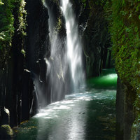 この夏はどこへ行こう?一度、訪れてみたい日本の絶景・観光スポット6選