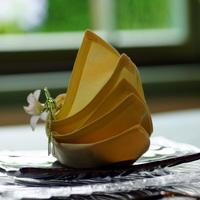 ワンランク上の食卓を演出♪素敵な「テーブルナプキン」の折り方&アイデア集