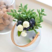 暮らしに花を。基本の生け方レッスンと、素敵なフラワーアレンジメント