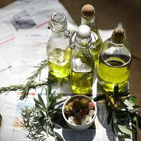 体が喜ぶ成分がいっぱい!美味しい「オリーブオイル」の正しい選び方と活用法