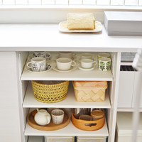 つい増えちゃう食器類…みんなどう収納してるの?『人気ブロガーさんの食器棚』を拝見!