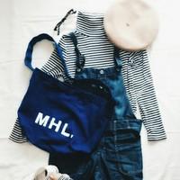 よく目にする「MHL.」と書かれたこのバッグ。可愛いだけじゃないんです!