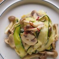 色とりどりのカラフル野菜で楽しむ♪「ベジヌードル」「ベジパスタ」のヘルシーレシピ