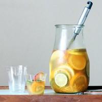 フレッシュなフルーツをぎゅっとつめこんで♪おうちで果実酒をつくってみよう