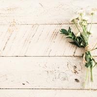 自分で包むともっと特別に。かんたんで素敵なお花・花束のラッピング方法。