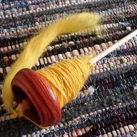 はまる人続出中!この冬は自分好みの毛糸を手紡ぎしてみない?