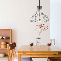 長く愛される普遍的なデザイン。暮らしを明るく灯す「aina」の照明