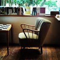 縫い物や読書……さあ何をしよう。ひとり時間を楽しめる特等席の作り方