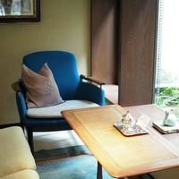 いつかは手に入れてみたい。憧れの『北欧の名作チェア』に座れる「カフェ・美術館・宿」