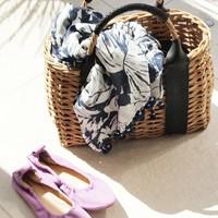 暑い季節、気分の上がるかごバッグで手元から涼しさを♪