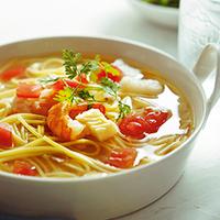 忙しい平日の晩ごはんに。「冷凍食品」を使ってパパッ!と簡単調理レシピ集