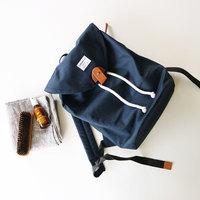 帆布にナイロン、革。長く大切に使うための、【素材別】バッグのお手入れ方法まとめ