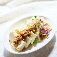 シンプルなお豆腐が大変身!アイデア色々♪絶品『変わり冷奴』レシピ