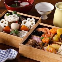 新年の食卓を華やかに彩る「おせち料理」の美しい盛り付け方