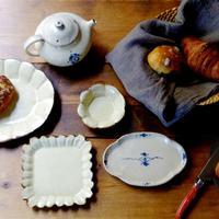 食卓の上で地味に大活躍。シンプルでなんにでも合わせやすい「豆皿」セレクション