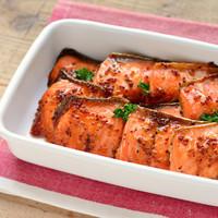 切り身も缶詰もフレークも♪変幻自在な秋の味覚「鮭」のかんたんレシピ