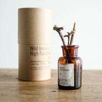 お気に入りの《香り》とアイテムを見つけて♪ 素敵な「アロマライフ」のはじめ方