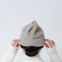 寒くなってきたらそろそろ出番。「ニット帽」でほっこり大人ナチュラルコーデ