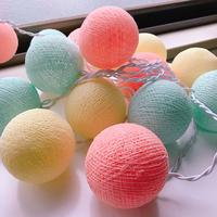 ランプシェードやガーランドに!毛糸や刺繍糸でボールを作ろう♪