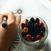 100均で始めるお手軽アート♪『大人の塗り絵』に挑戦してみない?