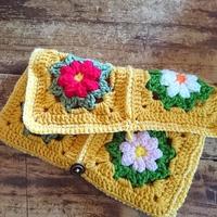 """秋の夜長にハンドメイド♪""""かぎ針編み""""モチーフをつないで作る、ブランケットとバッグ集"""