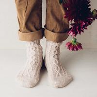 """お洒落は足元から。秋冬に合う""""ほっこりカラー&柄""""の「靴下」カタログ♪"""