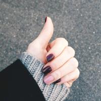 季節を添えた指先でほっこりぬくもりを♪《色・柄》で魅せる秋冬ネイルデザイン集