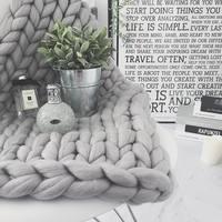 海外で人気♪  ⼩⼈キブンが味わえる『chunky knit(チャンキーニット) 』のブランケット