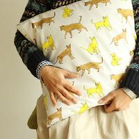 模様替えはクッションで。お気に入りの布で楽しむ<3STEP クッションカバーの作り方>