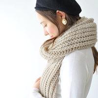 ファッションも冬じたく。ふわふわ、もこもこの《手袋・帽子・マフラー》選び