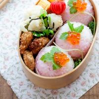 食卓を華やかに彩る「手まり寿司」を握ろう~パーティーやお弁当にも使える簡単レシピ集