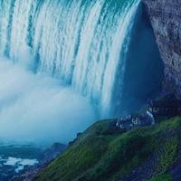 どの滝を見に行こう?表情豊かな世界三大瀑布【ナイアガラの滝】の魅力