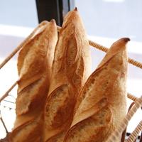 シンプルだから美味しい!《フランスパン》おすすめの食べ方&バゲットが自慢のパン屋さん5選