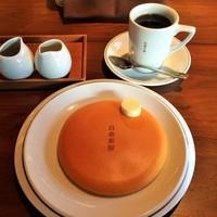ときには落ち着いた空間で、ゆっくり⼼の休息を。【福岡】の大人カフェ5選