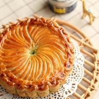 幸せを運ぶ?フランスの伝統菓子「ガレット・デ・ロワ」で新年の運試し*ませんか♪