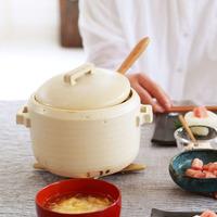 今年こそお気に入りを見つけよう。種類や大きさも豊富、冬の食卓に映える『土鍋』7選