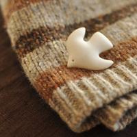 冬の装いにもぴったり*土のやさしさを感じる《陶磁器アクセサリー》を身につけませんか