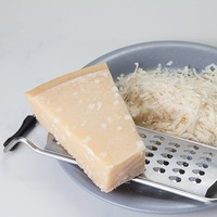 """もう余らせない!料理にコクをプラスする""""粉チーズ""""を使ったアレンジレシピ"""