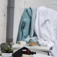 乾きにくい「冬の洗濯物」どうしてる?ちょっとした一手間で乾きやすくする工夫10