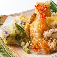 意外な食材も美味しい! お蕎麦にもおつまみにも◎な天ぷらのレシピ
